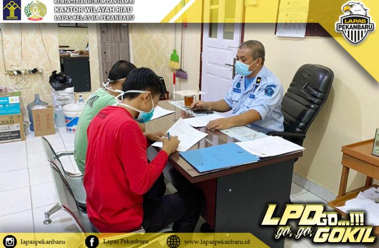 Tegakkan keamanan dan ketertiban, Seksi Kamtib Lapas Klas II Pekanbaru lakukan penindakan kepada WBP pelaku pelanggaran.